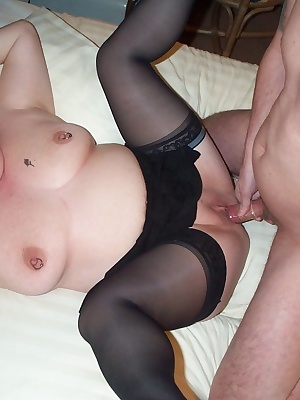 Chubby mature whore getting that cock