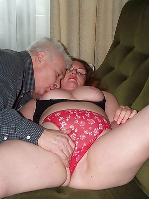 This horny mature couple love to show and tell