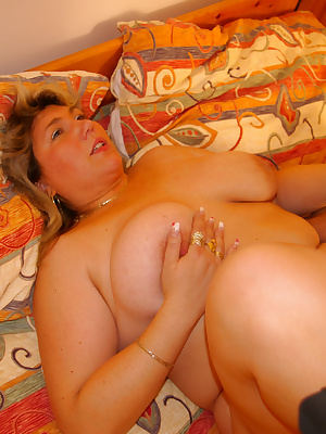 This chubby housewife loves cock and cum
