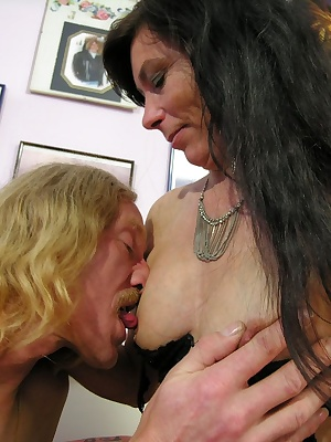 Hot mature slut sucking and fucking