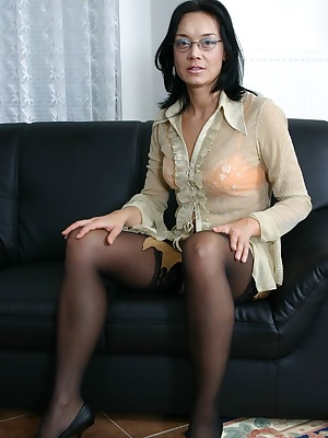 milf loves to fuck all men
