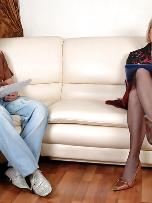 Emilia&Jerry pantyhosefucking awesome mature gal