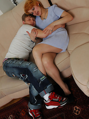 Christina&Jerry pantyhosefucking nasty mature gal
