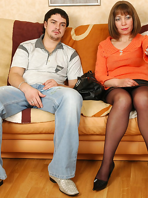Gloria&Adam pantyhosefucking lascivious mature housewife