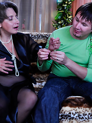 Lillian M&Rolf pantyhosefucking nasty mature bitch