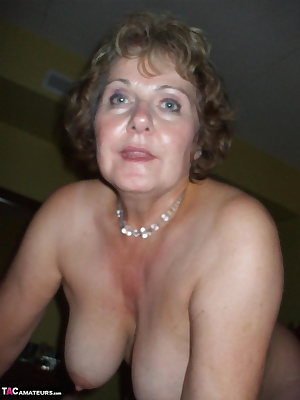 Busty Mommy Says I'll suck your boy cock but ONLY IF YOU CUM ALL OVER MY BIG MOMMY TITS LET THAT CUM FLY BABYXOXOXO Bust