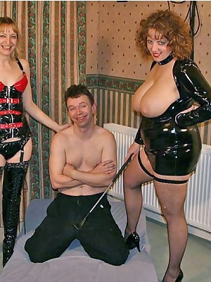 It's a cold winters evening so what better way to warm up than donning some PVC and having a good old rump with Suzi and