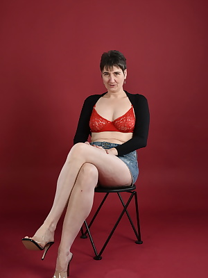 In Bolero jacket and bra and denim skirt.Is but a fine combination for a shoot.I also like to stripe off my panties...