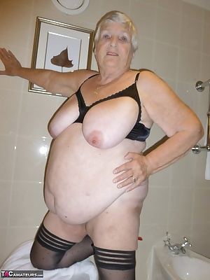 Grandma Libby at the hotel again getting ready for a night out.  Here you can see me getting ready for a shower  just lo