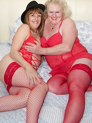 Hi Guys, when I met up With Claire for some Red Hot Girlie Fun we were both wearing Red Lingerie and both feeling really