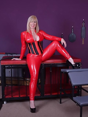 This red PVC catsuit makes me feel so horny, I just love getting fucked on all fours while wearing it. Melody x