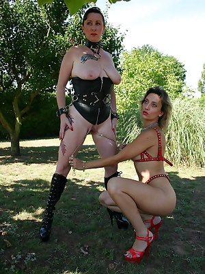 Outdoor BDSM games with my friend Marjorie... stretching of my pussy and my nipples