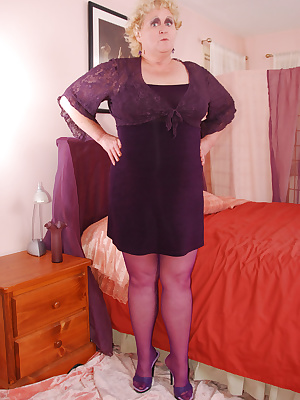 These purple lacy panties look so pretty with these purple stockings. Makes me in the mood to wear all purple today... I