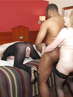 More Fun  Games From The Hotel in Nottingham with Jonathan, And Things certainly started to Hot Up when my friend Speedy