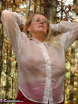 Sexy secretary taking a picnic lunch in the woods - taking time for a little sun and fun with a pocket rocket