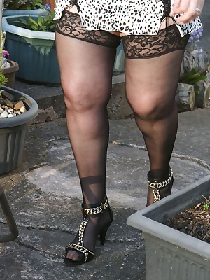 I was loving posing for my neighbours on this fabulous sunny evening, hope they enjoyed the view.
