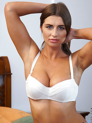 You won't be able to take your eyes off of Liya Lucky, a bigtit housewife from Russia. The 30 year old milf rocks her huge jugs and enormous areolas with a smile and a squeeze before she peels off her panties and plays her fingers over her creamy bald cun