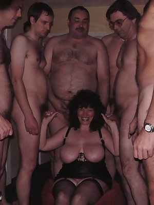 I love inviting guys to my bukkake parties, i feel great knowing i am going to make them all spunk over my face  in my m