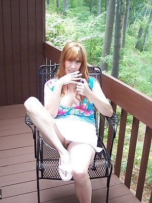 cum join me for a smoke out on the balcony. i will tease u and show off all my sexy things. i wonder if the neighbors ca