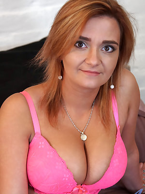 Cum craving housewife Ksukotzol isn't shy about trying new things! Today she has bound her big tits into a skimpy lingerie outfit. When she bursts that boob bounty free, she takes her time playing with the jiggling globes before spreading her thighs to re