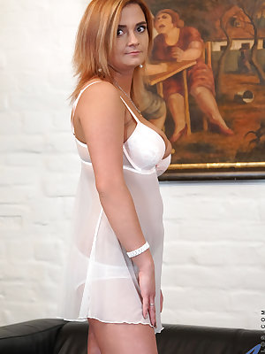 Bigtit mom Ksukotzol is a Russian milf who looks hot in a miniskirt dress and even better when she takes it and her slip off. Peeling off her bra and panties, she reveals her full hanging boobs and a smooth shaved fuck hole that drips and creams at her li