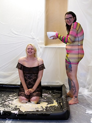 Jodie has come to get messy and Lola is well up for assisting.Dressed in a beautiful black dress Jodie has come for her