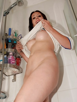 Jessica gets us all hot and bothered as she takes an early shower in her Leeds United kit.  She's showing us all that th