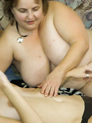 Sexy girl fucked chubby granny with big strapon