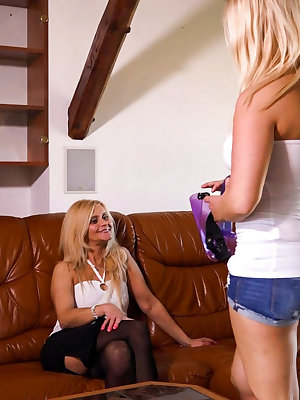Blonde young girl fuck Mature woman with strapon