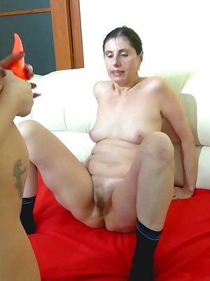 Lesbian party with oral and strapon fucking