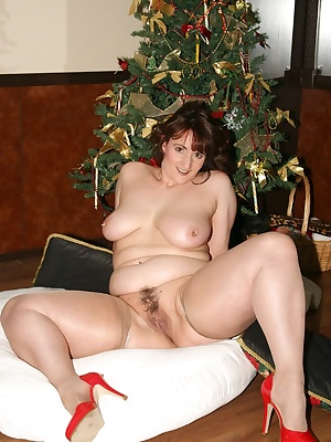 what is there to say I will be under your tree if you request it. I decided to get dressed up as your gift this Xmas. Le