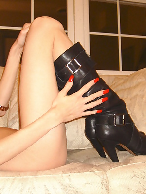 Watch as I show off 2 sexy little Santa nighties with high heels and black boots. Then I take a hold of one of my most f