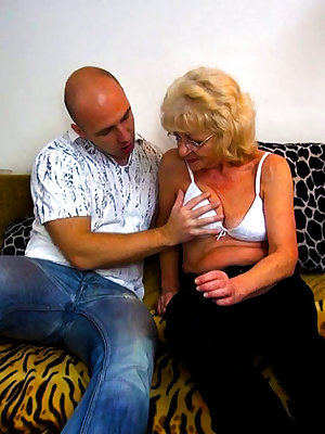 Hot granny in naughty threesome