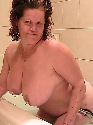 I took advantage of a night at a hotel in Calgary to get down and dirty for the camera--- or did this dirty girl get cle