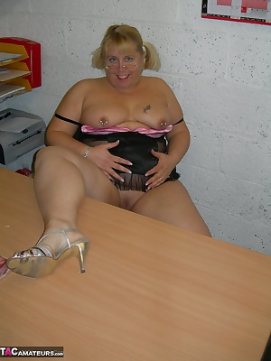 I was sat at my office desk feeling so horny I decided to play..I had a couple of toys in my draw so I got them out and