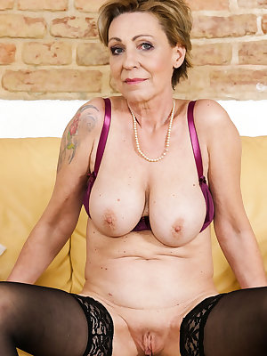 Older slim mature and granny pictures with sexy underwear and toys sucking