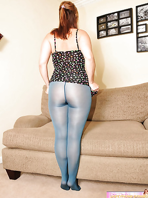 Mature wife showing her sexually blue pantyhose