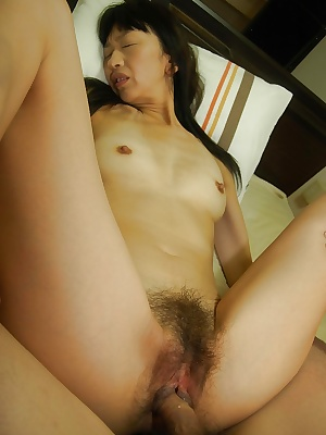 Mature asian slut Yoshiko Nagasawa gets her hairy cunt vibed and slammed