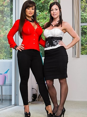 Kendra Lust and Lisa Ann: Two MILF's share a young dick