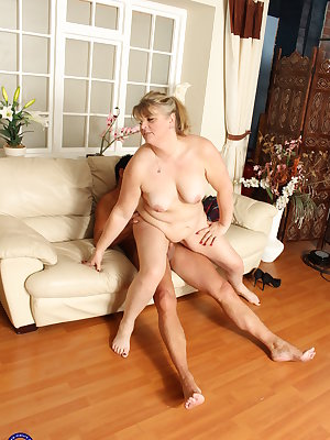 Chubby mature lady getting fucked by her lover