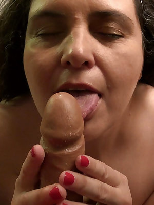 Mature granny loves to suck a dick but is alone