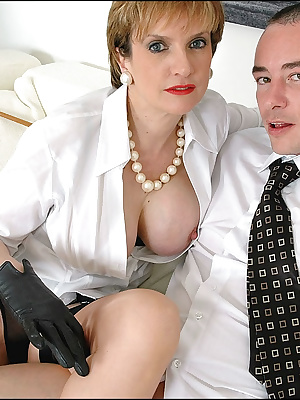 Lady Sonia: Classy mature lady gets a dick