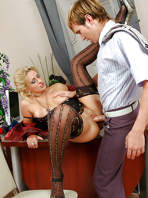 Fiery mature business-woman