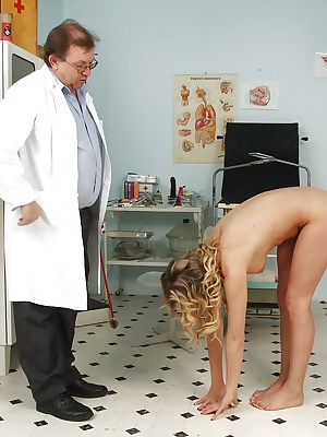 Kristy Lust meets a mature doctor with crazy fetish treatment methods