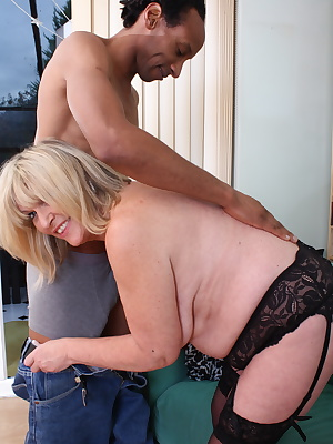 Naughty mature British BBW goes interracial