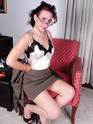 This naughty American housewife loves t strip before getting wet