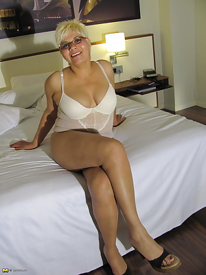 Blonde housewife getting naughty when she's alone