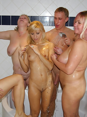Its fun to be the life of a mature sexparty