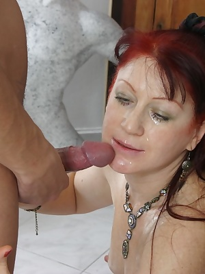 Mature slut getting wet and nasty