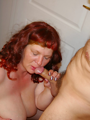 Chunky mama fucking and sucking her ass off